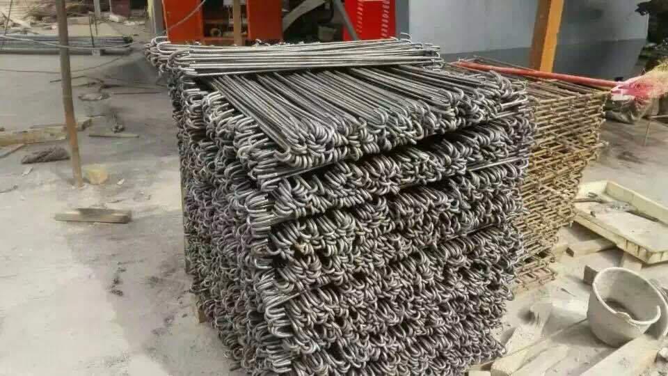 CNC burdinazko makina
